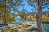 Luxury Cabin facing a beautiful River View