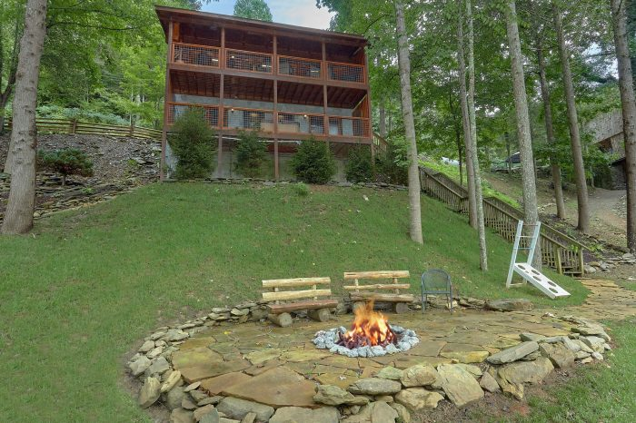 River Edge Cabin Rental Photo