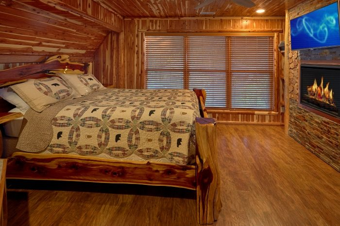 Premium Cabin with Luxurious Shower and Bath - River Mist Lodge
