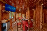 6 Bedroom Cabin with Kitchenette and Game Room