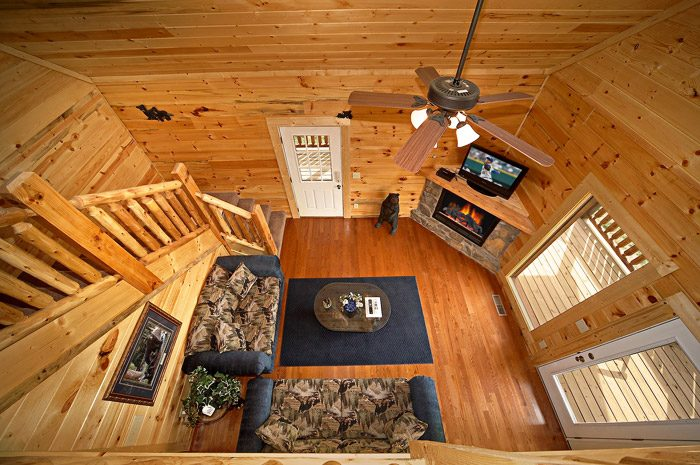 Cabin with Three Levels - Rocky Retreat