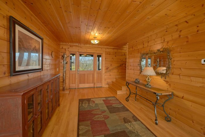 Premium 6 Bedroom Cabin with 4 King Beds - Rocky Top Lodge