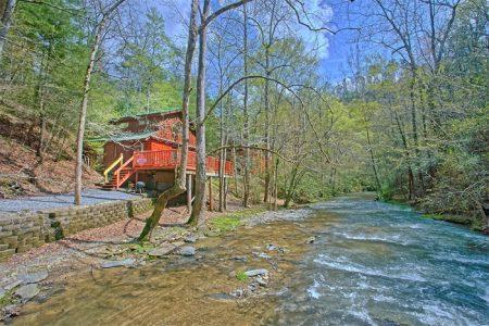 Mtn Memories- Kimbles: 2 Bedroom Sevierville Cabin Rental