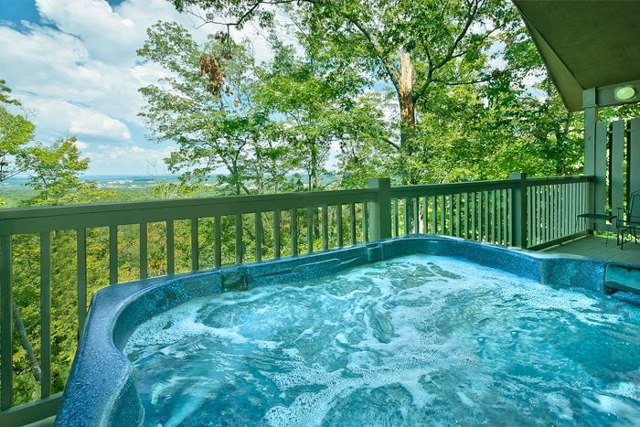Cabin For Smoky Mountain Honeymoons Near Pigeon Forge Parkway
