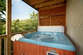 Pigeon Forge Cabin with a Private Hot Tub