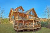 3 Story 6 Bedroom Cabin in Gatlinburg Sleeps 20
