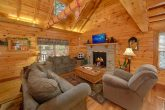 3 Bedroom Cabin with Living Room and Fireplace