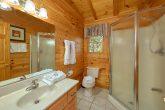 3 Bedroom Cabin with Walk-in Shower
