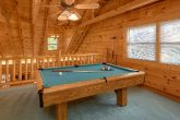 Spacious 3 Bedroom Cabin with Pool Table