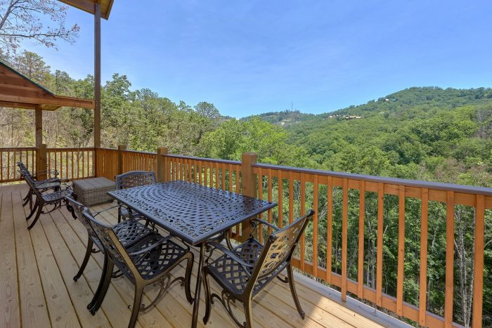 Deck Views with Outdoor Dining - Scenic Mountain Pool