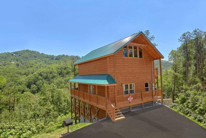 2 Bedroom 3 Bath 3 Story Cabin Sleeps 6 - Scenic Mountain Pool