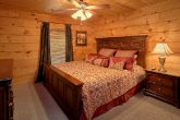 Luxury Cabin with Private King Suite