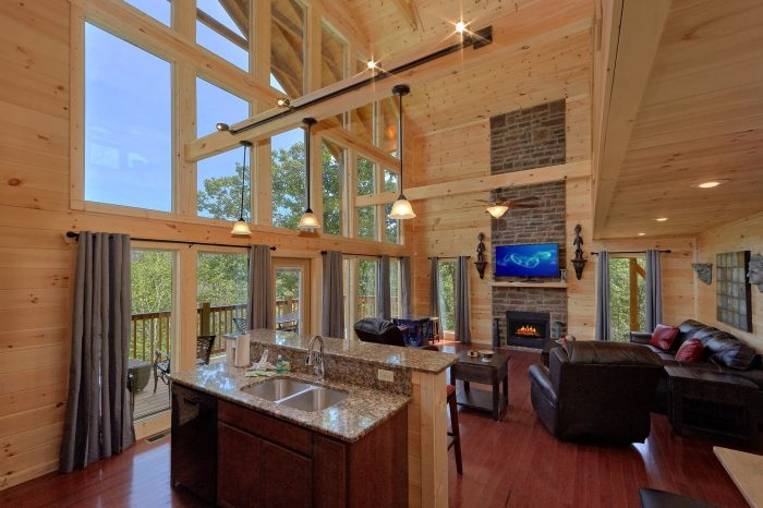 2 Bedroom Luxury Cabin with Private Hot Tub - Scenic Mountain Pool