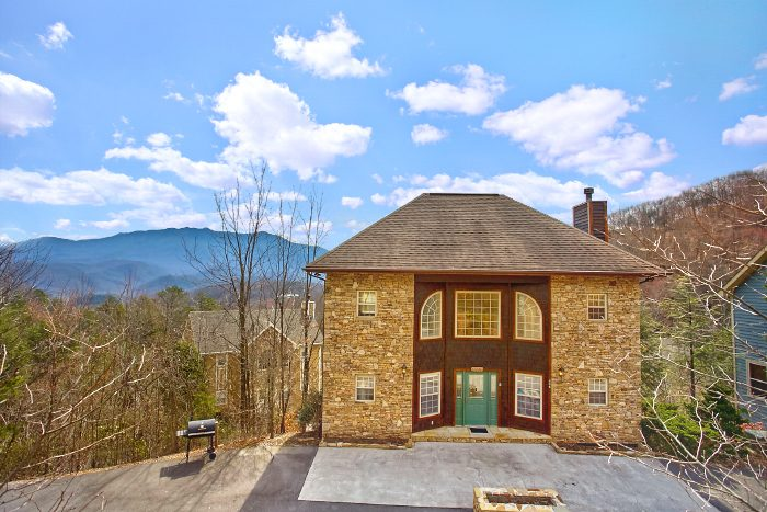 Second Glance Bedroom Luxury Cabin In Gatlinburg TN - 7 bedroom cabins in gatlinburg tn