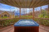 Luxury 3 Bedroom Cabin with Hot Tub and Views