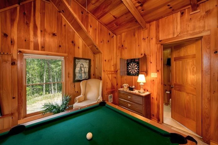 Smoky Mountain Cabin Rental with Pool Table - Serenity Ridge