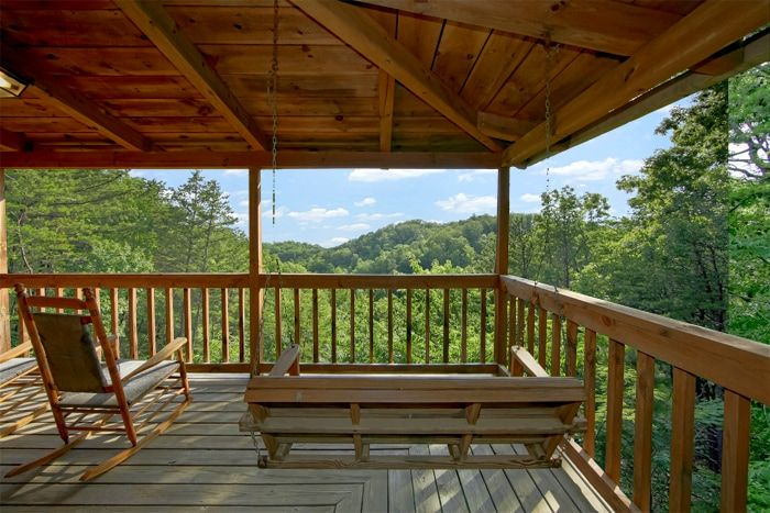 Smoky Mountain Cabin with Scenic Wooded Views - Serenity Ridge