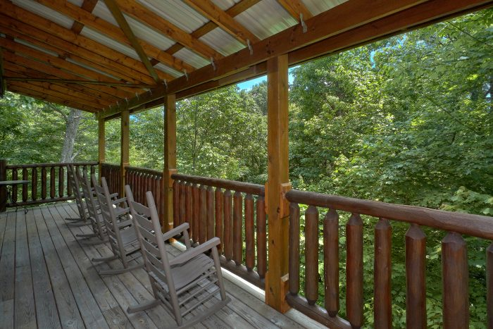 3 Bedroom Cabin with a Wooden View - Settlers Ridge Cabin