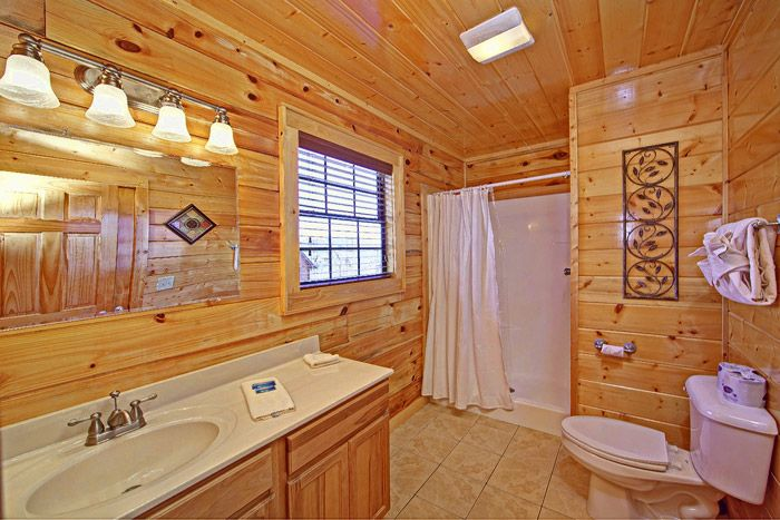 Cabin with Spacious Bathroom - Shakonohey