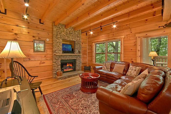 5 bedroom cabin near gatlinburg tn shoot the moon
