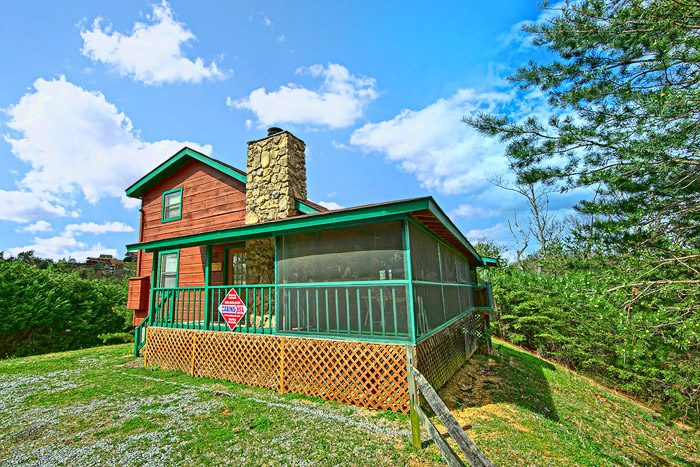 Private smoky mountains cabin secluded smoky mountain for Cabin rentals near smoky mountains