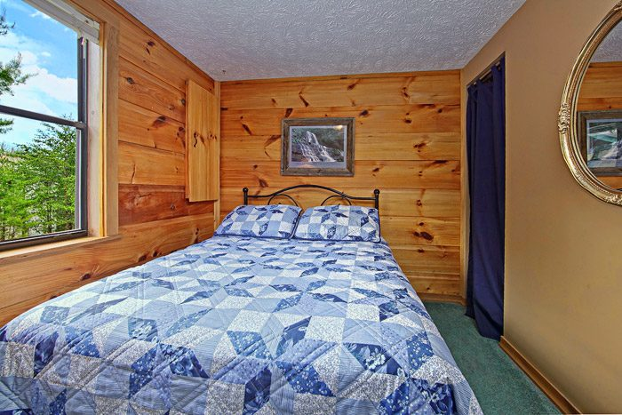 Cabin with Queen Bed - Sleepy Ridge