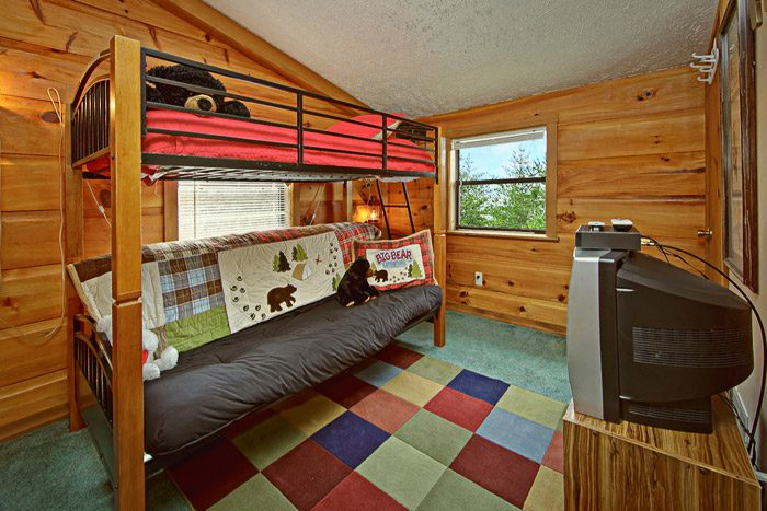 Cabin with Futon Bunk Bed - Sleepy Ridge