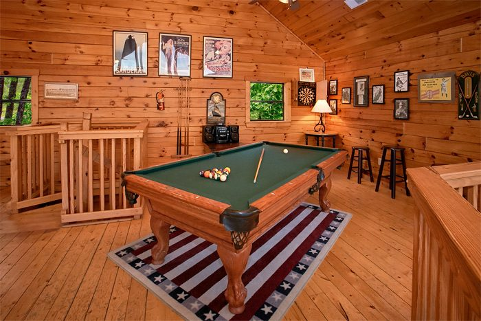 Cabin with pool table and mountain views - Smoky Mountain Melody
