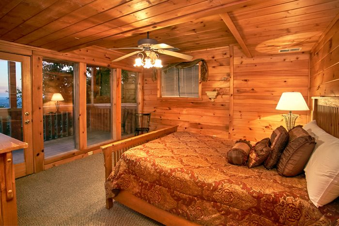 4 bedroom cabin with private deck access - Smoky Mountain Melody