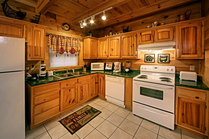 Well Equipped Kitchen - Southern Charm