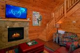2 Story Luxury Cabin with FIreplace and WIFI