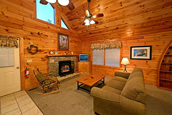 Cabin with Living Room - Southern Lights