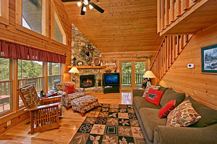 Cabin with Spacious Living Room - Spirit of the Valley