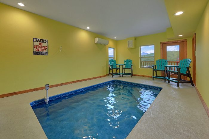 Heated Indoor Pool inside 2 Bedroom Cabin - Splash Mountain Lodge