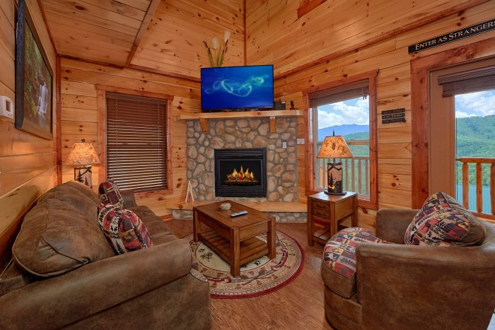Premium Cabin with Fireplace and Indoor Pool - Splash Mountain Lodge