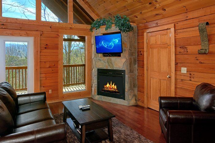 Premium 1 Bedroom Cabin Furnished with Fireplace - Splish Splash
