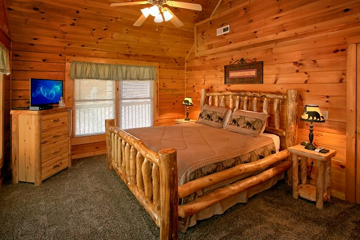 1 Bedroom Cabin with King Master Suite - Splish Splash