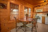1 bedroom cabin with Dining seats for 4