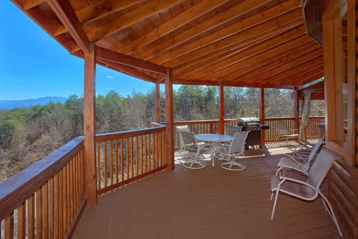 Cabin with Mountain Views and Hot Tub - Star Gazer