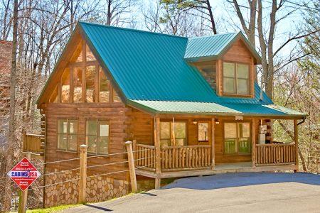 Boonedocks: 1 Bedroom Sevierville Cabin Rental