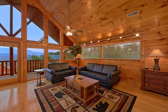 Starr Crest Resort Cabin Rental 5 Star View Cabin