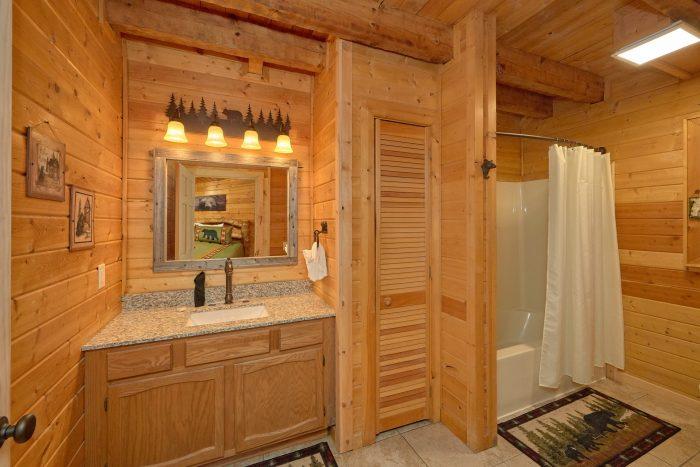 Large Master Bath Room off Master Suite - Sugar Bear View