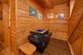 Arcade Game Table 3 Bedroom Cabin Sleeps 9