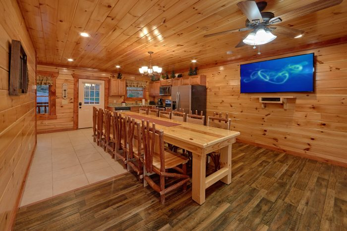 6 Bedroom Pool Cabin with Smoky Mountain Views - Swimmin' In The Smokies