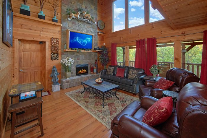 Luxury 2 Bedroom Cabin with Stone Fireplace - Swimming Hole