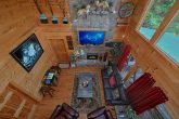 Cabin with Spacious Living Room and Arcade Game
