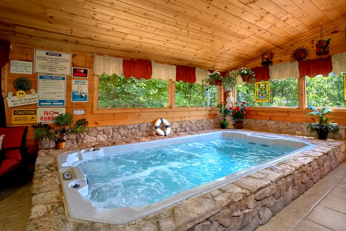 2 Bedroom Cabin with Hot Tub and Swim Spa - Swimming Hole