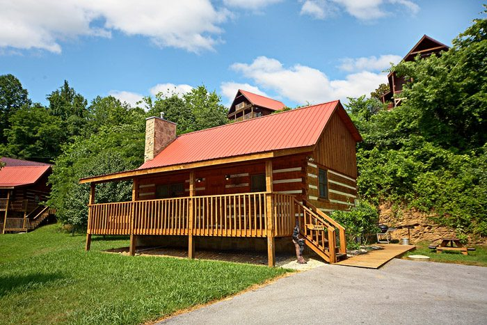 Pet friendly sevierville tn cabin that away for 1 bedroom pet friendly cabins in gatlinburg tn