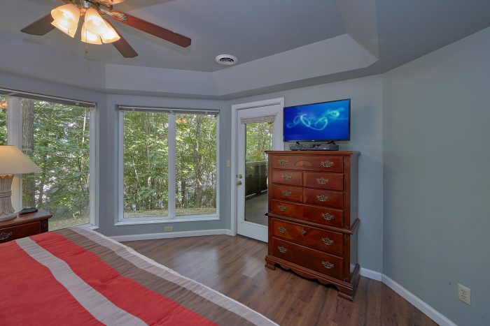 Spacious Luxury 8 Bedroom Chalet in Gatlinburg - The Majestic