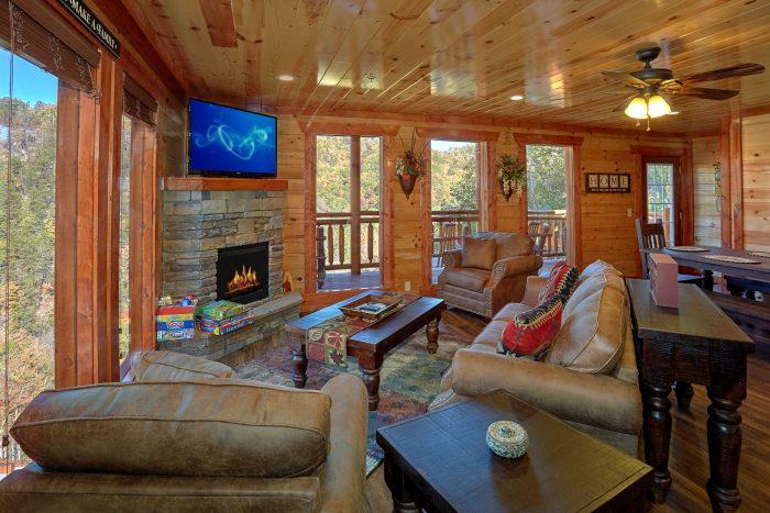 4 Bedroom Indoor Pool Cabin Sleeps 14 - The Only TenISee